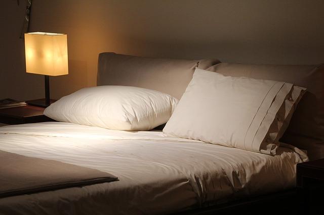寝る時 照明