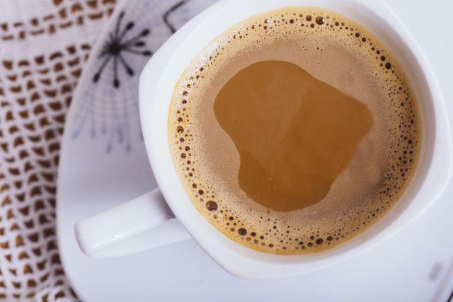 カフェインはカフェオレでも摂れるのか?